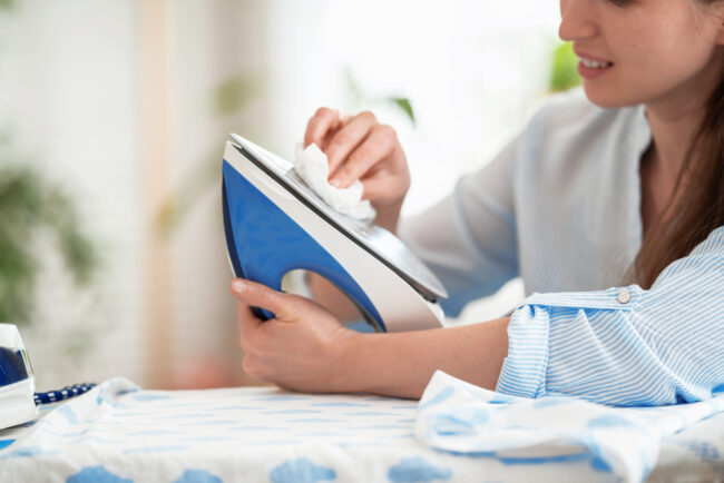 How to remove stains from iron