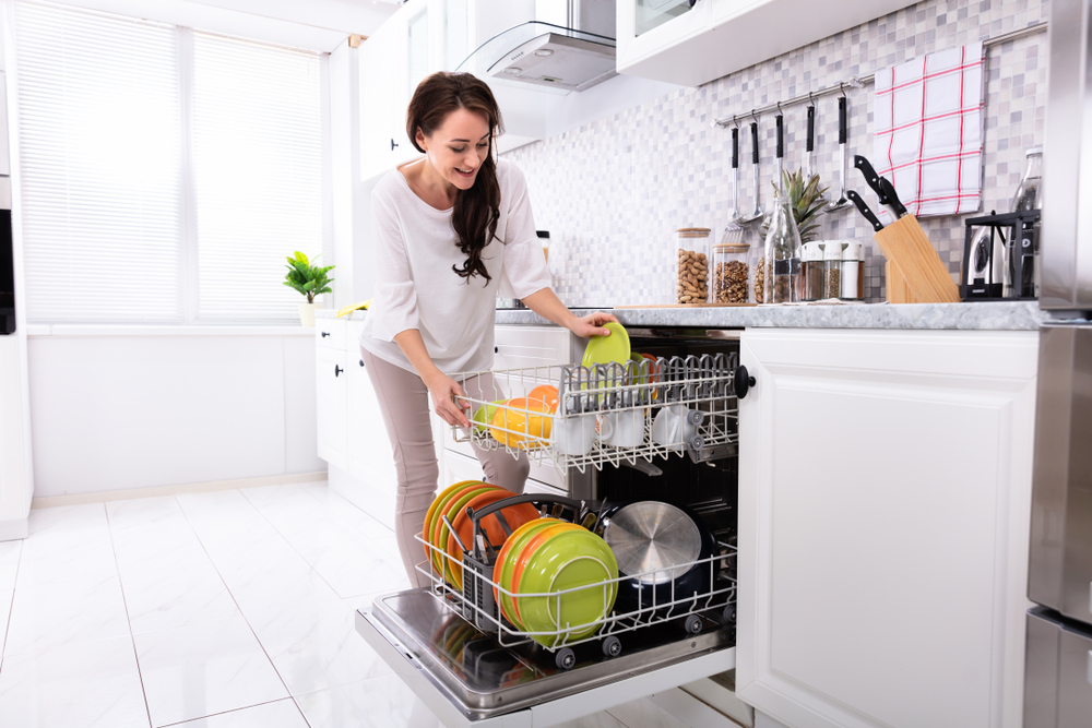 Load your Dishwasher Which Utensil in which Rack
